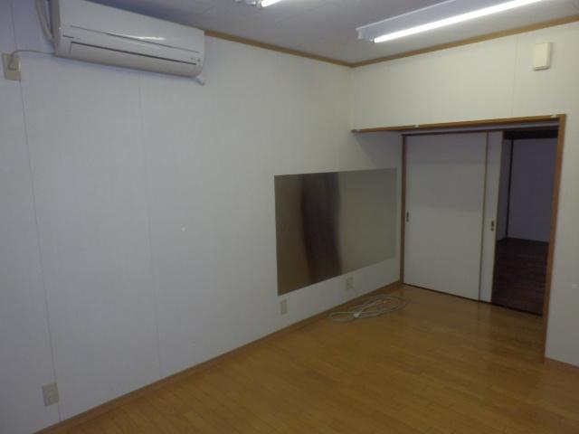 斉藤貸家 2F号室のリビング