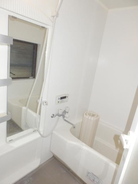 斉藤貸家 2F号室の風呂