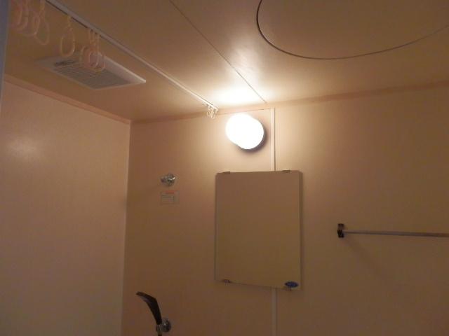 アイディールマンション 204号室の風呂