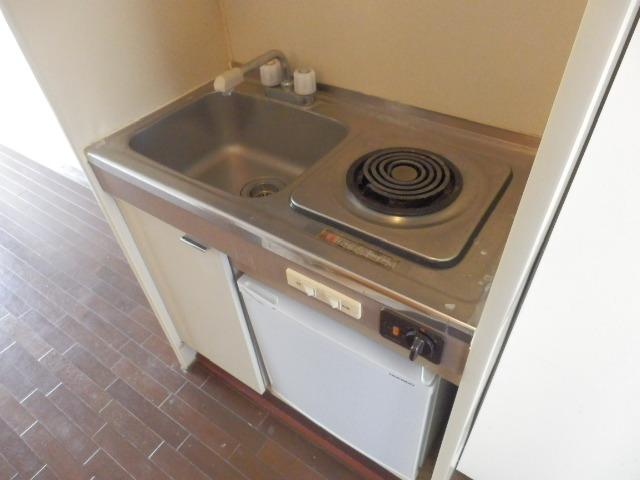 アイディールマンション 204号室のキッチン