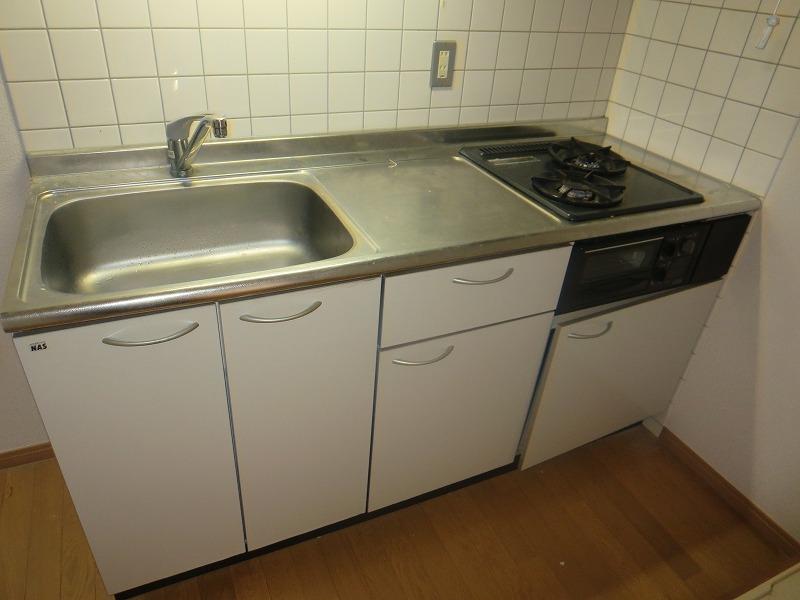 コリーヌ平町 四番館 104号室のキッチン