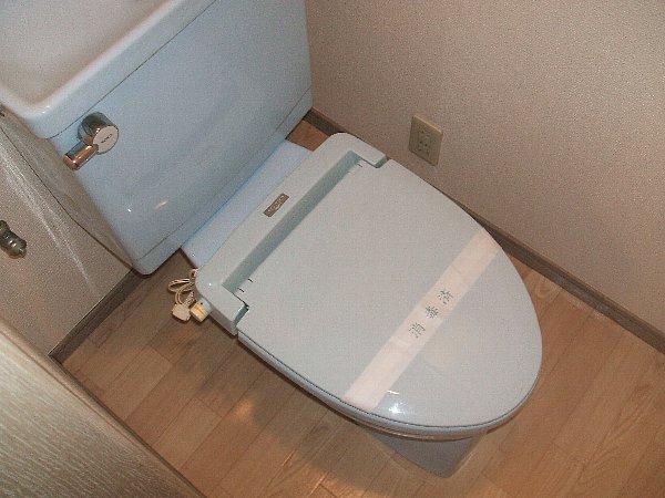 セシリア奥沢 201号室のトイレ