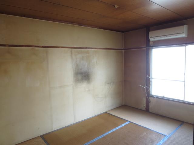 花ノ木ハイム 202号室のリビング