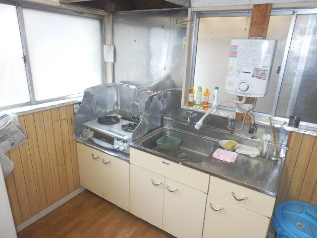 安藤方 2-A号室のキッチン