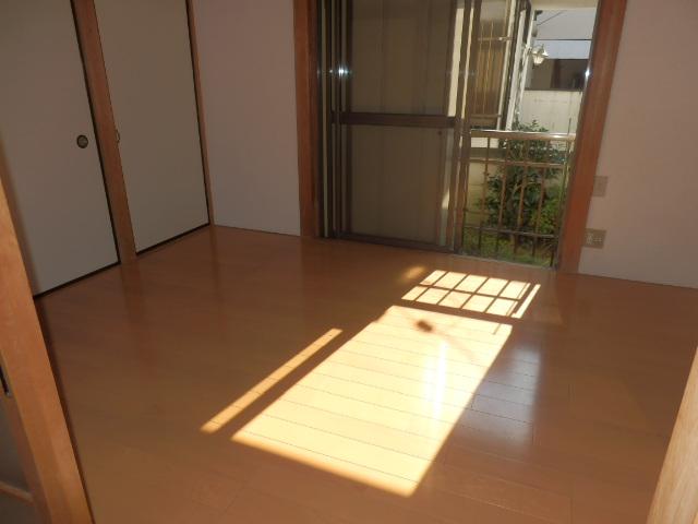 竹澤アパート 101号室のリビング