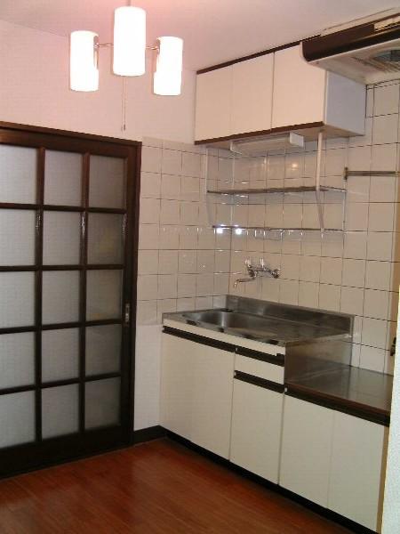 グレンハイツ 203号室のキッチン