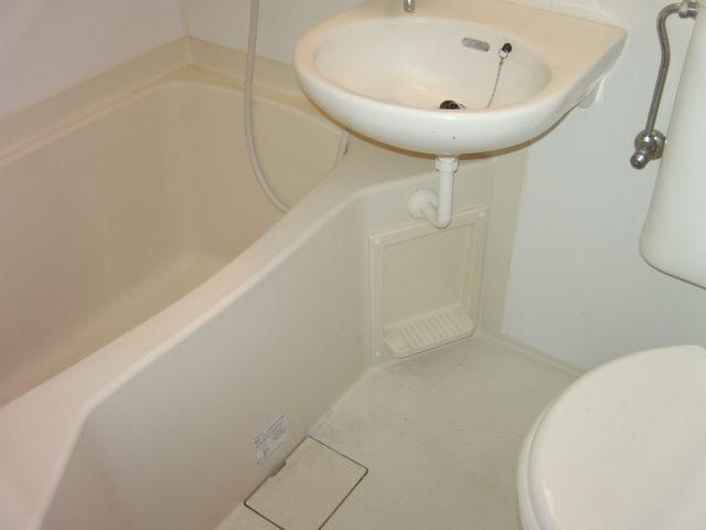オークラ綱島ビルⅢ 302号室の風呂