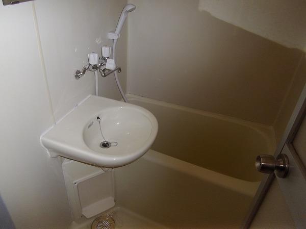 PRESENT・晴 103号室の風呂
