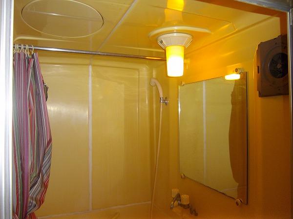 メゾン・ド・エクレール 203号室の風呂
