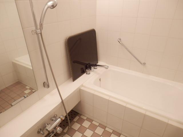 エトワール下馬 301号室の風呂