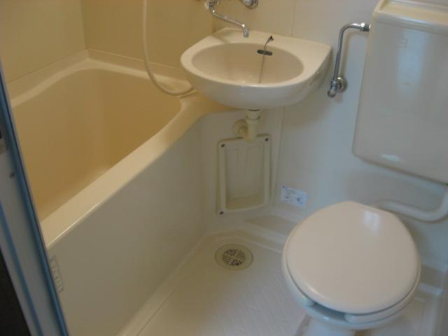 メールメゾン・シマ 203号室の風呂