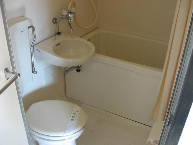 マツヤハウス 302号室の風呂