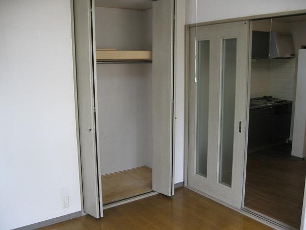 野沢レジデンス 101号室の収納