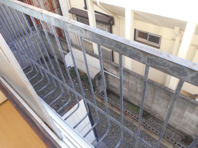 コーポ・コトブキ 202号室のバルコニー