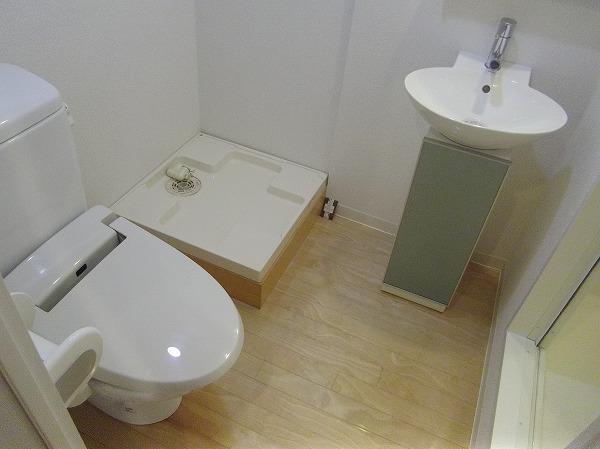 ZESTY駒澤大学Ⅱ 401号室の洗面所
