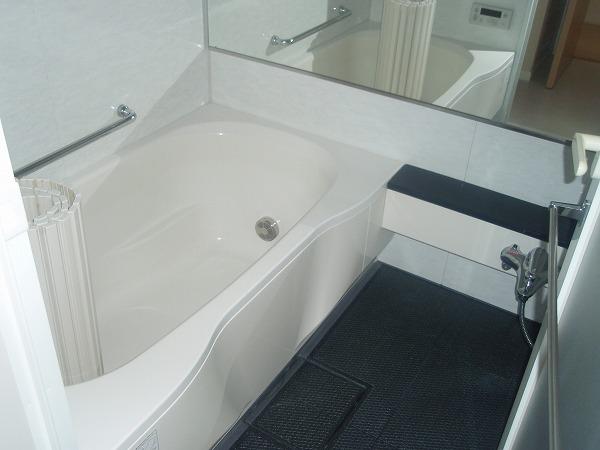 カスタリア若林公園 206号室の風呂