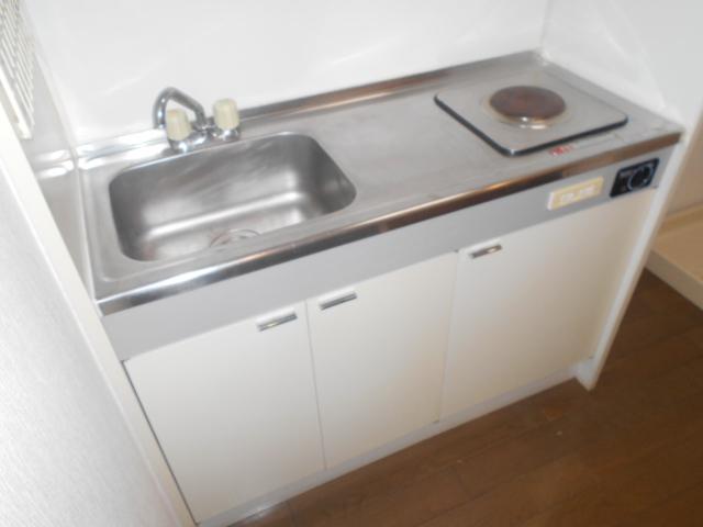メゾン リベ 203号室のキッチン