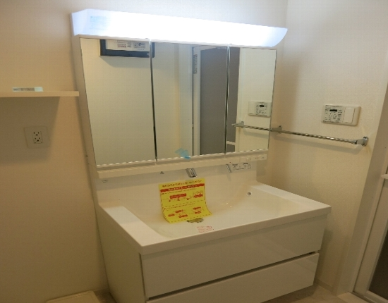 ベルメゾン若林 101号室の洗面所
