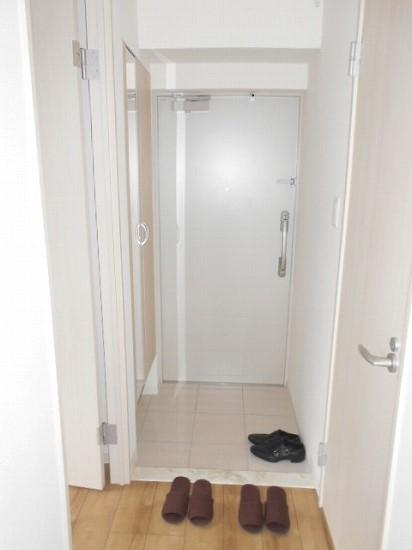ベルメゾン若林 101号室の玄関