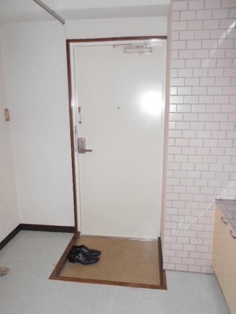 TIMESハイツ 304号室の玄関