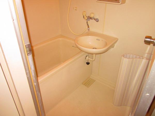 國恵ハイツ 305号室の風呂