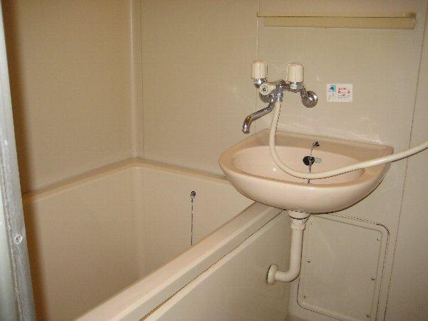 コスモハイツ極楽 105号室の風呂