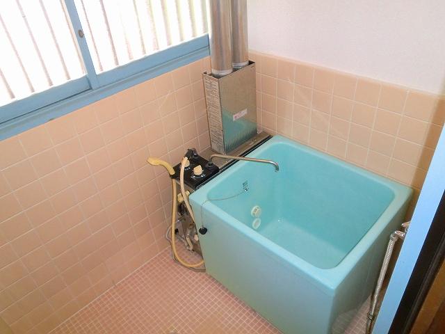 難波荘 203号室の風呂
