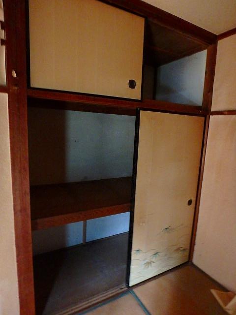 石山荘 101号室の収納