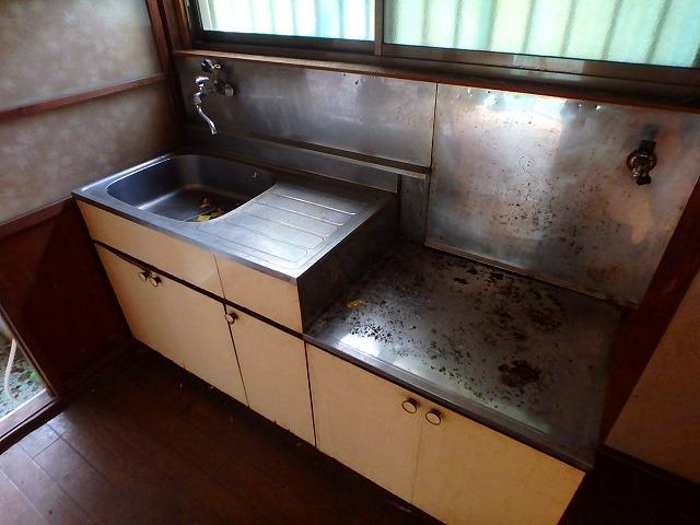 石山荘 101号室のキッチン