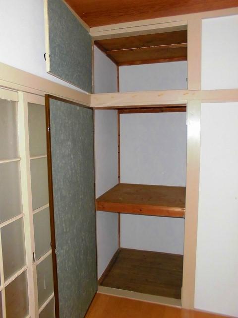 みど里荘 102号室の収納