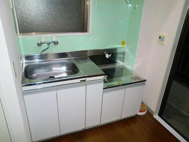 グリーンマンションⅢ 202号室のキッチン