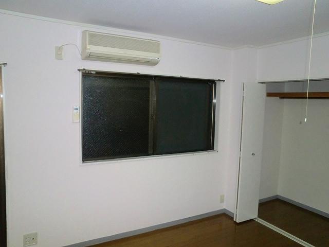 グリーンマンションⅢ 202号室のリビング