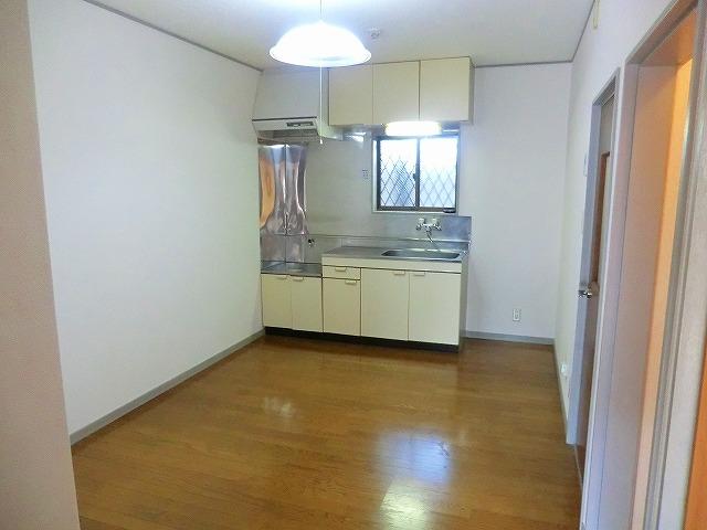 レストハウス和光 202号室のキッチン