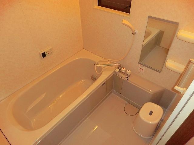 スプリングマンション 101号室の風呂
