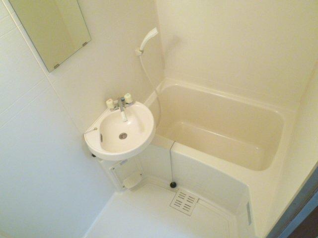 ハイツアミーゴ 108号室の風呂