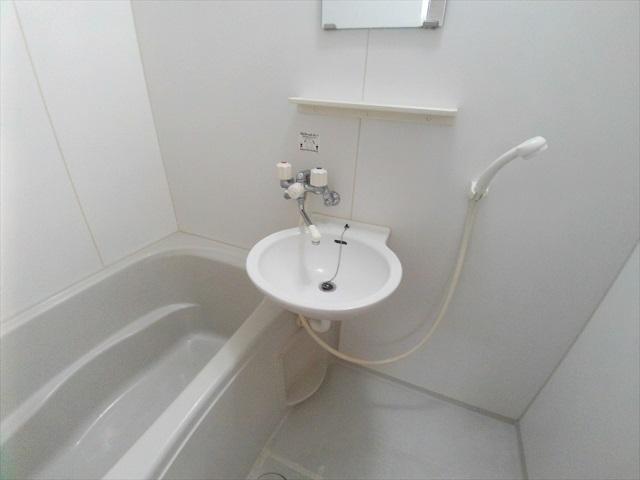 セフィラ上尾 101号室の洗面所