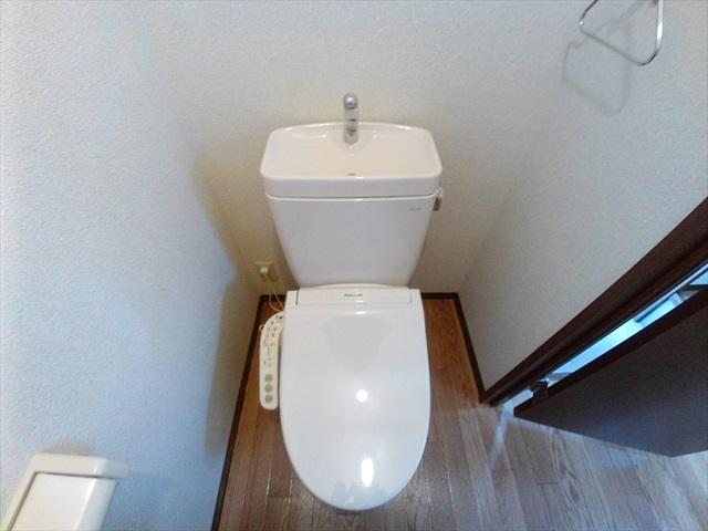 セフィラ上尾 101号室のトイレ