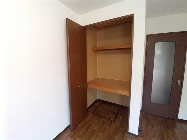 セフィラ上尾 101号室の収納
