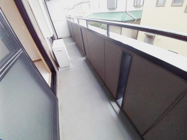 エコーハイツマルオカ 205号室のバルコニー