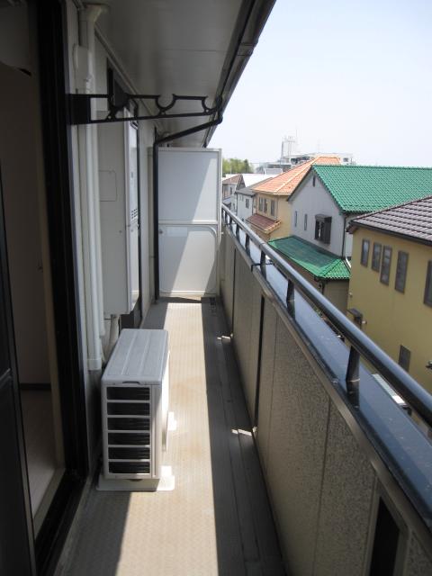 エコーハイツマルオカ 307号室のバルコニー