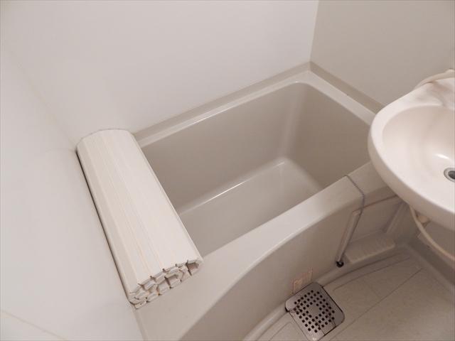 only one しまの 101号室の風呂