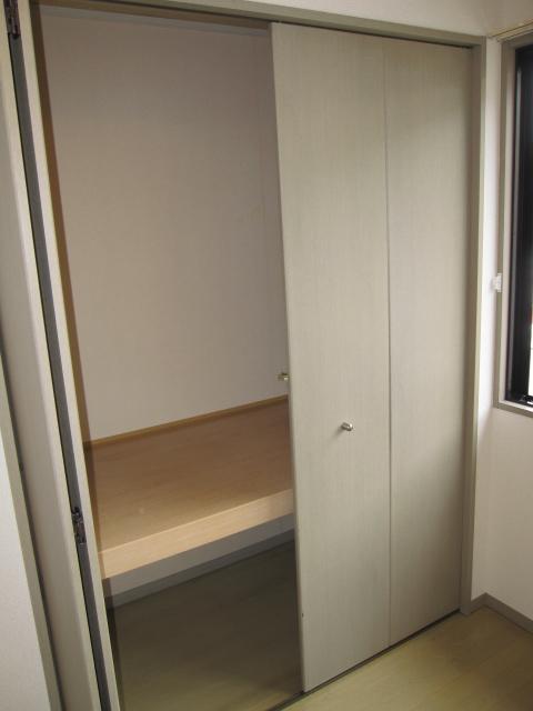ヒルズ中央 B 202号室の収納
