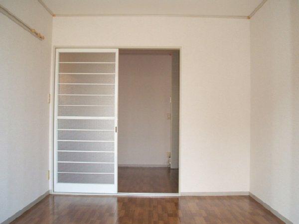 あずまじゅねす 205号室の居室