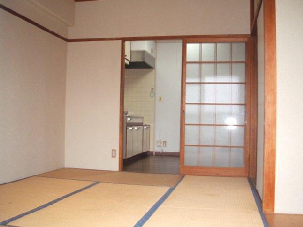 都築ハイツ 303号室の居室
