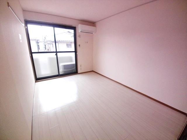 須藤ハイツ 202号室の居室