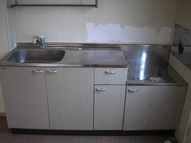 パークレジデンス 201号室のキッチン