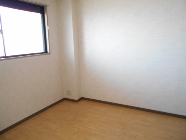 リヴィエール 302号室の居室