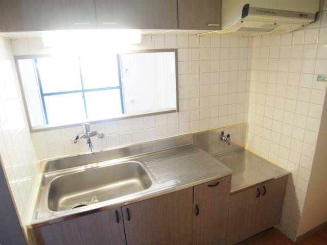 リヴィエールⅡ 105号室のキッチン