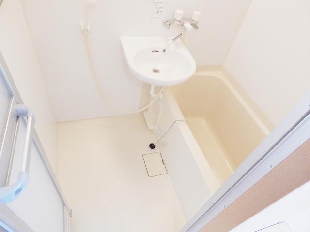 ワンルームS-3 202号室の風呂