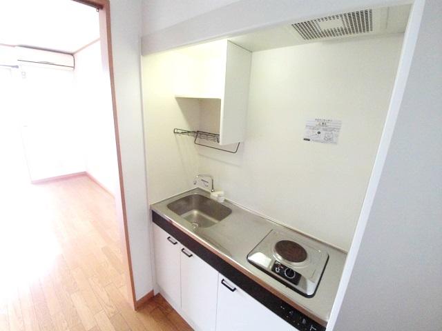 ワンルームS-3 204号室のキッチン